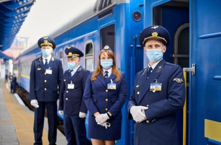 Укрзалізниця планує повернути поліцейський супровід після інциденту з Луговою