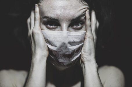 За останню добу в Україні на COVID-19 захворіли 656 осіб