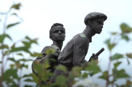 Миколаїв.Перемога-75: Історія пам'ятника юним героям Віті Хоменку і Шурі Коберу