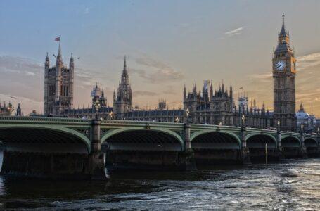 Велика Британія готова заблокувати повернення Росії до G7