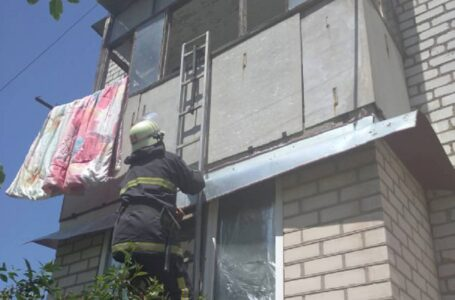 На Миколаївщині дитина зачинила свою маму на балконі