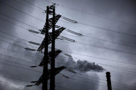 Негода залишила 348 населених пунктів в Україні без світла