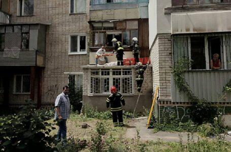 На Миколаївщині 91-річна жінка випала з балкона третього поверху – її госпіталізували