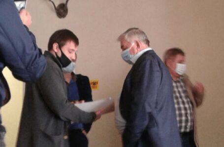 У Миколаївській міськраді депутату Дюміну вручили протокол про корупцію