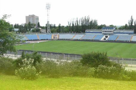 Центральний міський стадіон в умовах послаблення карантину відчинив свої ворота для спортсменів