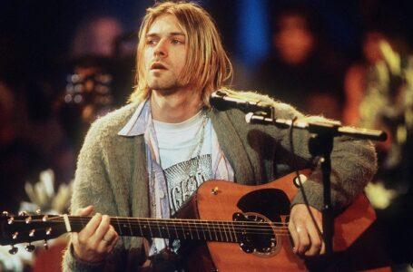 Гітару Курта Кобейна продали за рекордні шість мільйонів доларів