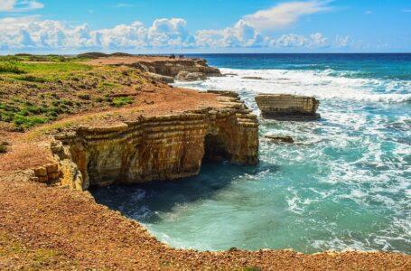 Кіпр почав приймати перших туристів після тримісячного карантину
