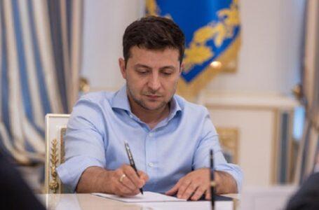 Президент присвоїв почесні звання трьом миколаївцям