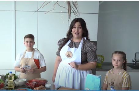 """На кухні: """"А-ля лазанья"""" із соусами Болоньєзе та Бешамель"""