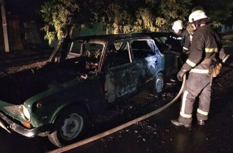 Рятувальники Миколаївщини за минулу добу ліквідували пожежі двох автомобілів