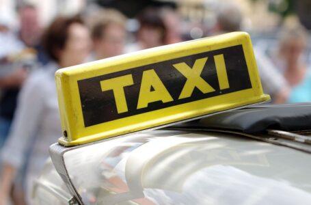 Новий закон: в Україні планують вивести таксі із тіні