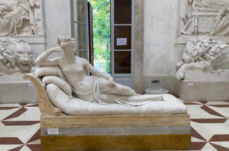 Австрійський турист випадково розтрощив скульптуру XIX століття заради селфі