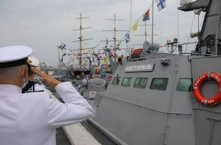Військово-морські сили України отримали новий броньований катер