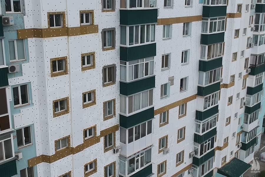 У місті за програмою «Теплий Миколаїв» утеплили фасад багатоповерхівки
