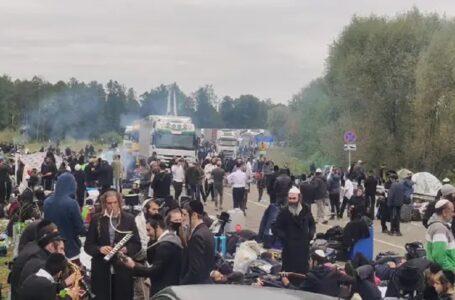 Уряд закрив пункт пропуску «Нові Яриловичі», де зібрались хасиди