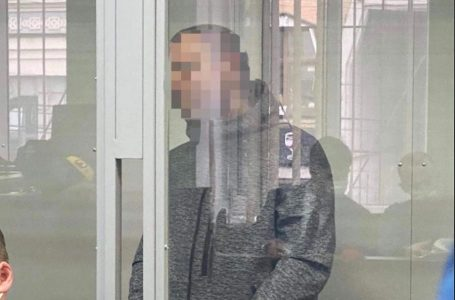У Києві суд заарештував чоловіка, підозрюваного у вбивстві свого 6-річного сина
