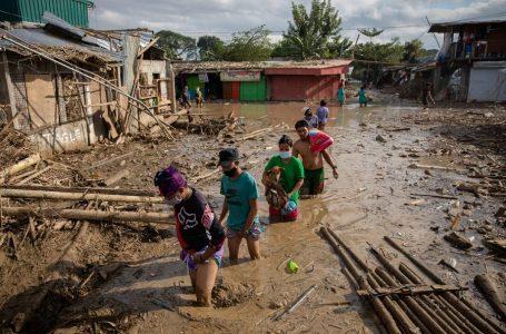 """Смертоносний циклон """"Вамко"""" забрав життя 67 осіб на Філіппінах"""