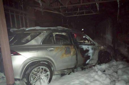 Вночі в Миколаєві невідомі підпалили Mercedes-Benz