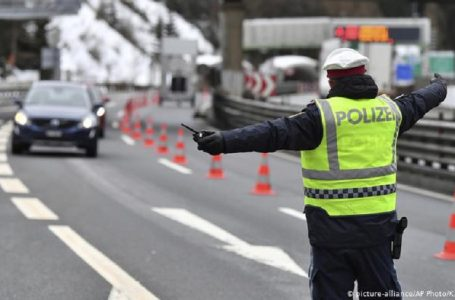В Австрії вводять повний локдаун