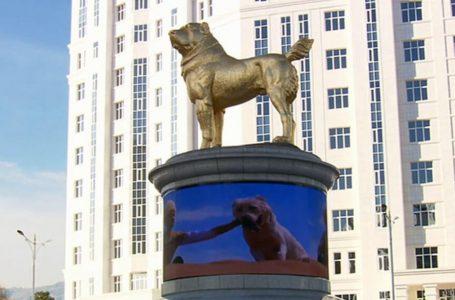 У Туркменістані встановили 15-метровий пам'ятник собаці